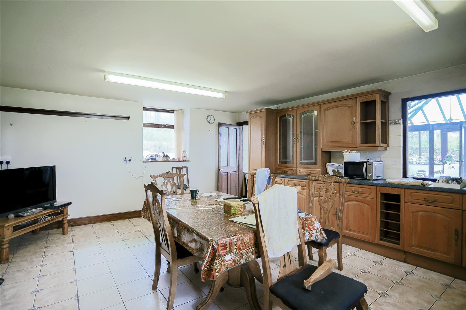 2 Bedroom Barn Conversion For Sale - IMG_2403.jpg